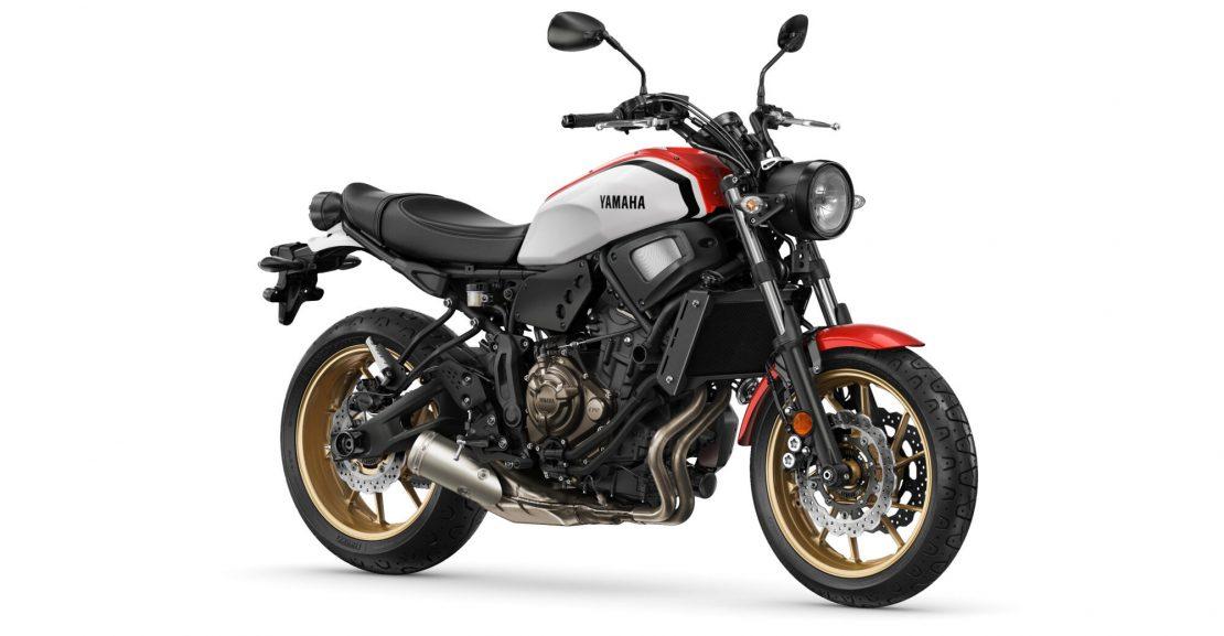 Yamaha-XS700-EU-Dynamic_White-Studio-Motokomplex