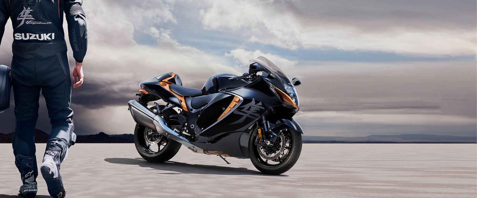 Nova suzuki hayabusa 2021 v motokomplexe
